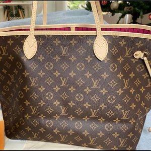 💯% Authentic Louis Vuitton Pivoine Neverfull GM